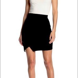 BEBE asymmetric Mini skirt: IN XS